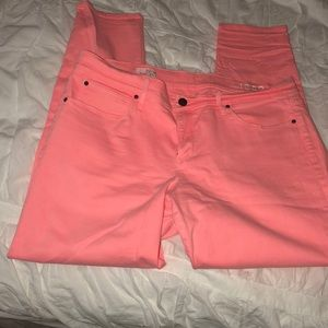 gap neon flamingo skinny legging jeans